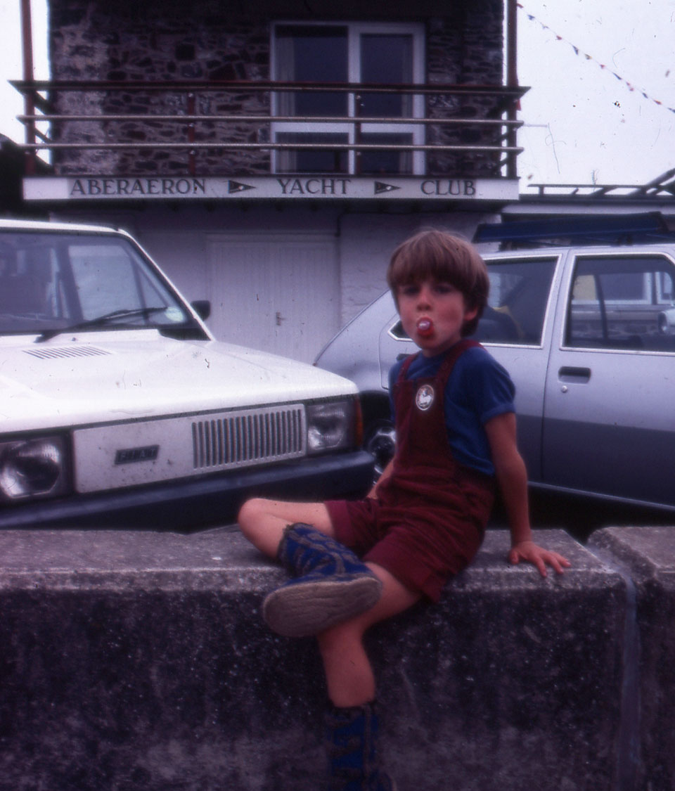 Archie-outdie-the-Aberaeron-Yacht-Club-in-1983..jpg